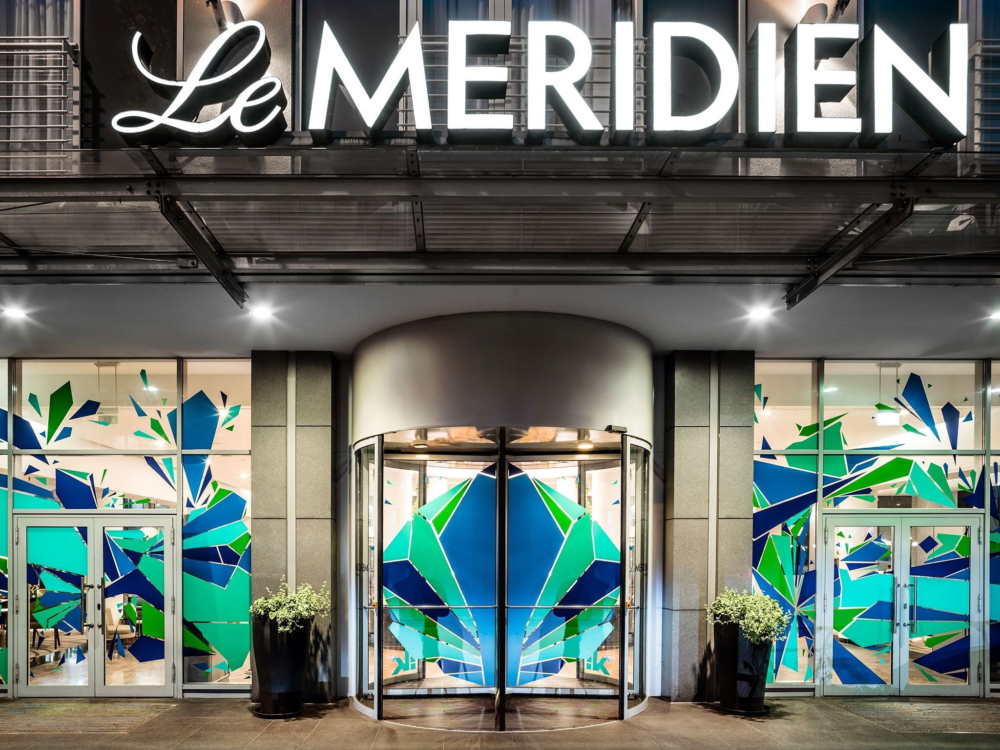 Le Méridien Munich hotel entrance