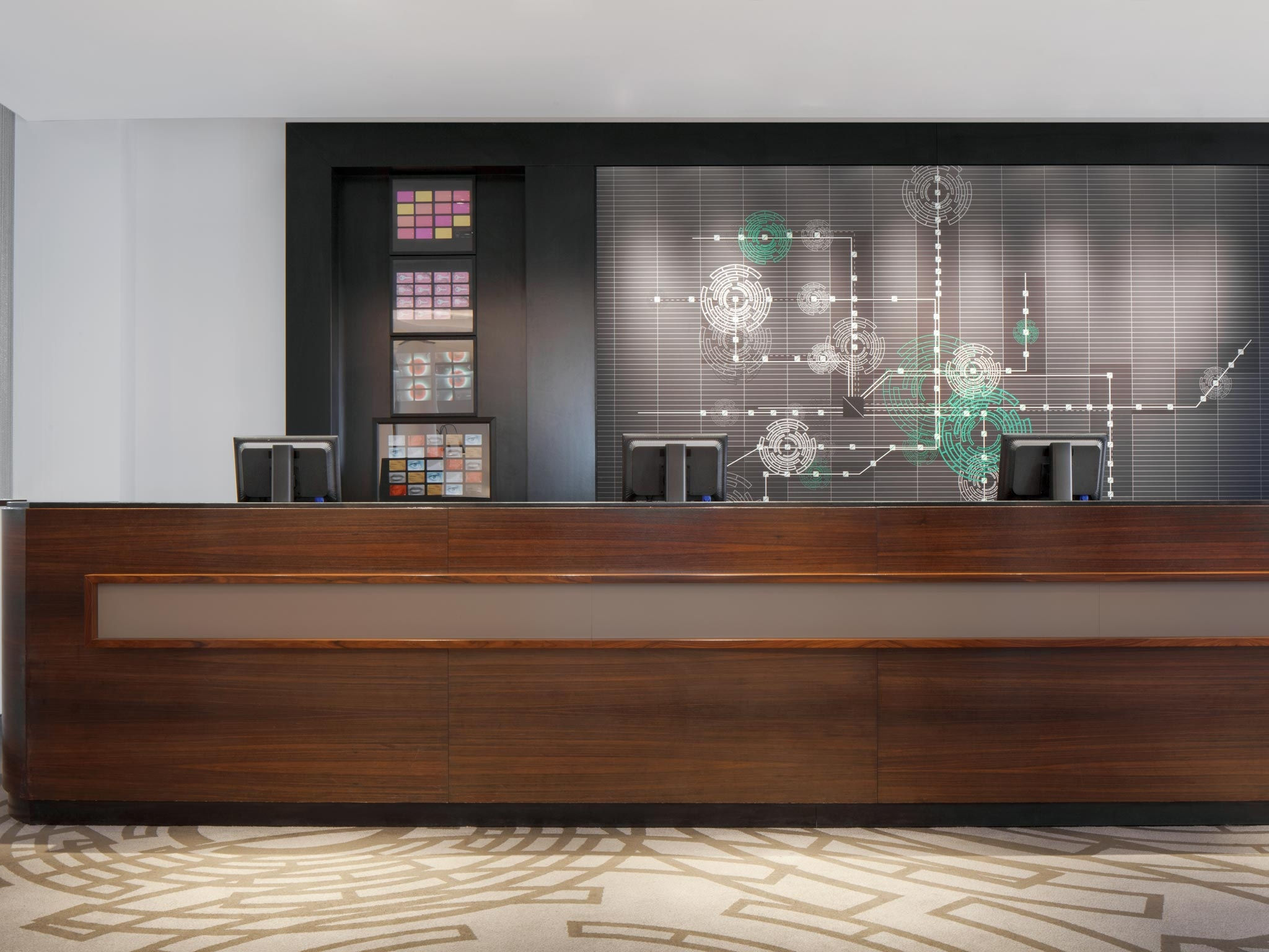 stylish and inspiring Le Méridien reception - Design Hotel Munich
